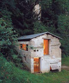 بازسازی خانه جنگلی