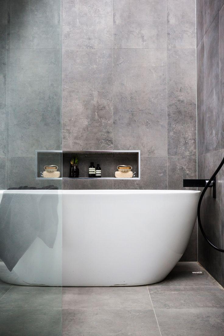 استفاده از کاشی کاری با سبک خاکستری در حمام - اوستاکارا
