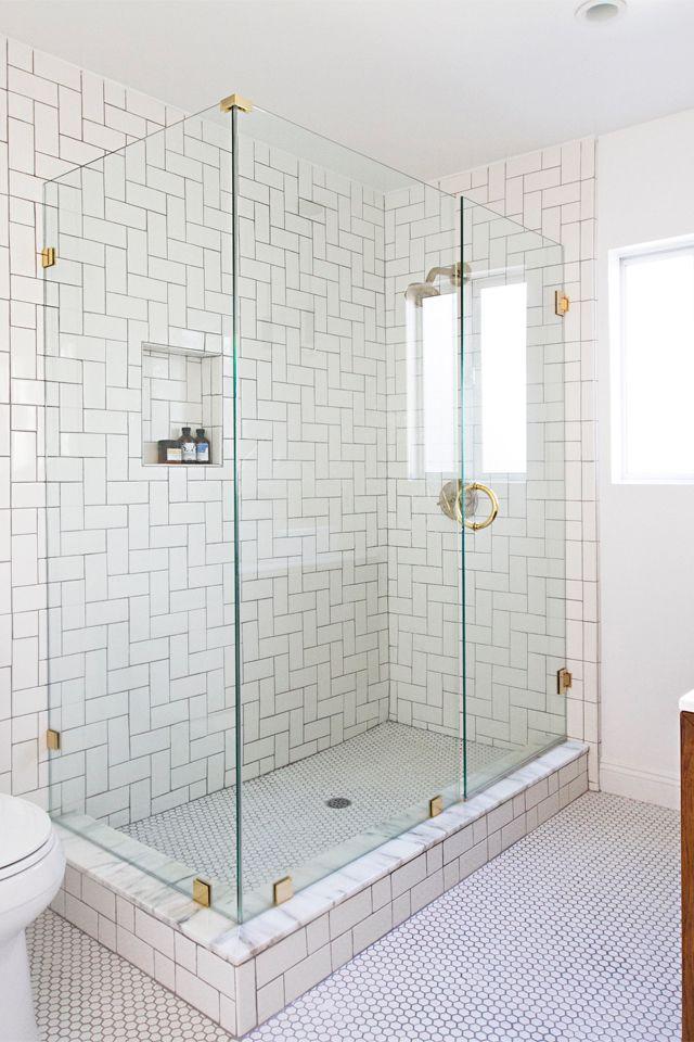 نما آجری ( Subway ) ترکیبی در کاشی کاری حمام - اوستاکارا