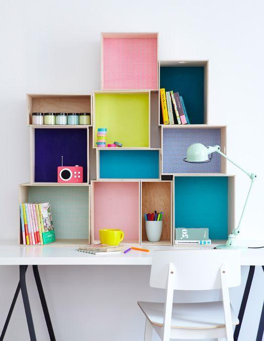 مرتب سازی فضا میز مطالعه توسط باکس